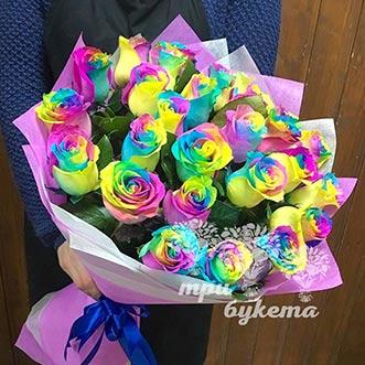 Букет из 29 радужных роз